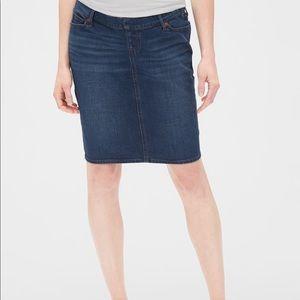 Gap Maternity denim skirt - elastic waist